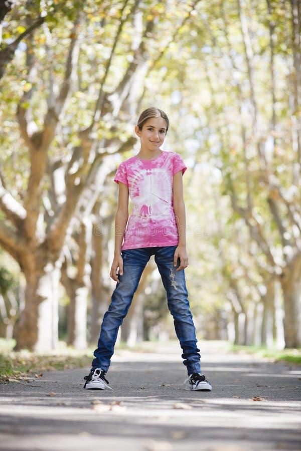 Glimlachend Tween Meisje royalty-vrije stock afbeeldingen