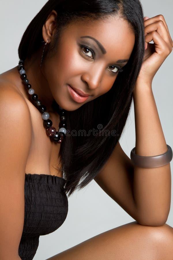 Glimlachend Zwart Meisje royalty-vrije stock afbeeldingen