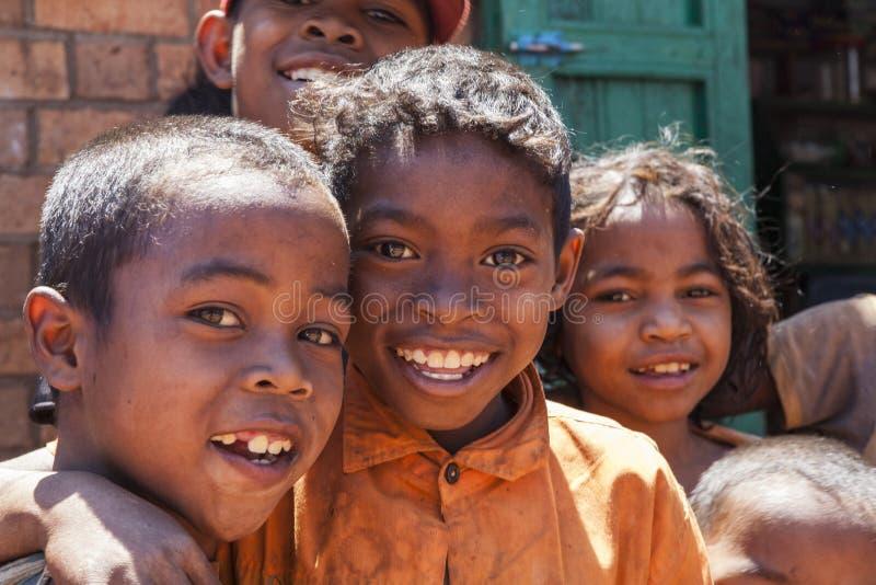 Glimlachende Afrikaanse kinderen royalty-vrije stock fotografie