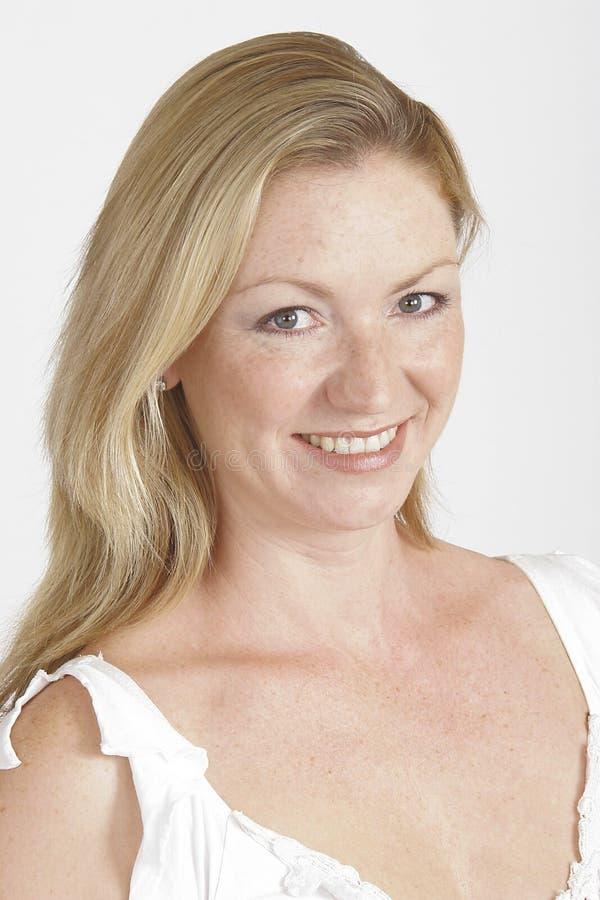 Glimlachende Blonde stock afbeelding