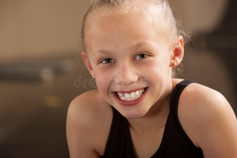 Glimlachende Danser stock foto's
