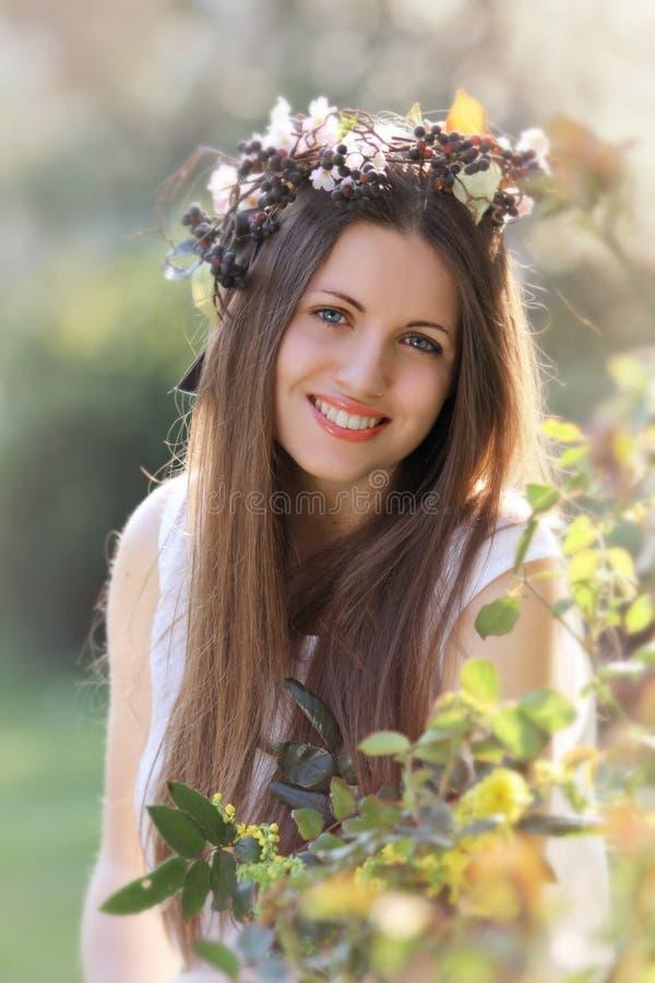 Glimlachende de lentenimf stock foto