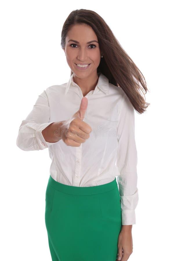 Glimlachende jonge die onderneemster over wit met groene rok wordt geïsoleerd stock afbeelding