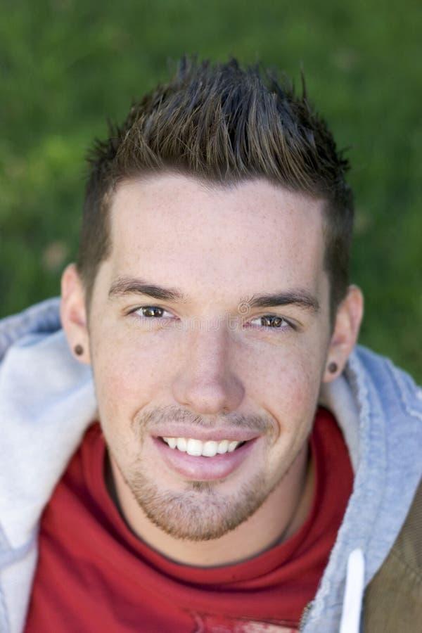 Download Glimlachende Mens stock foto. Afbeelding bestaande uit haar - 282902