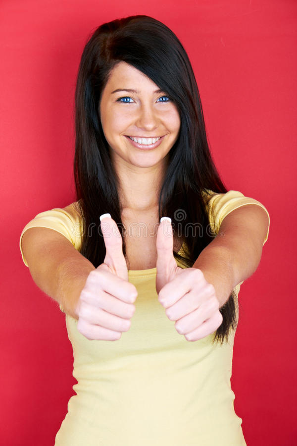 Glimlachende succesvolle vrouw royalty-vrije stock fotografie