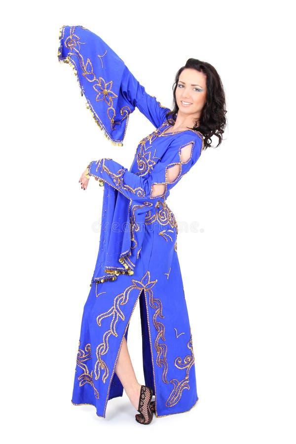 Glimlachende vrouw in mooie kleding stock afbeeldingen