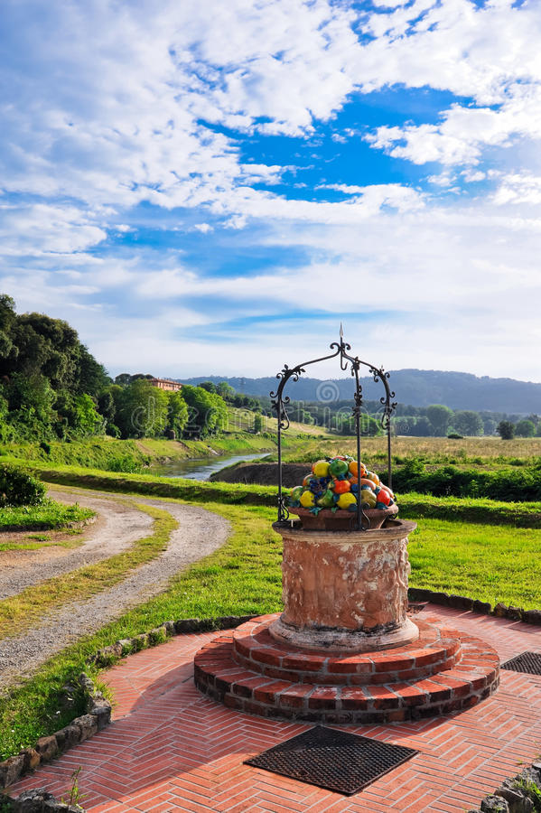 Free Glimpse Of Tuscany In Italy Royalty Free Stock Images - 31450579