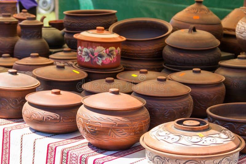 Gliniany ceramiczny ceramiczny dla sprzedaży na rynku zdjęcie stock