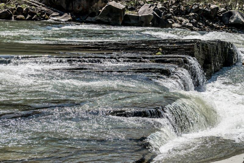 Glinkowaty próg na rzece fotografia stock