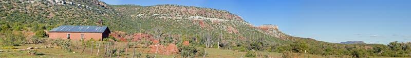 gliny namułowej panoramy szkoły zdjęcie stock