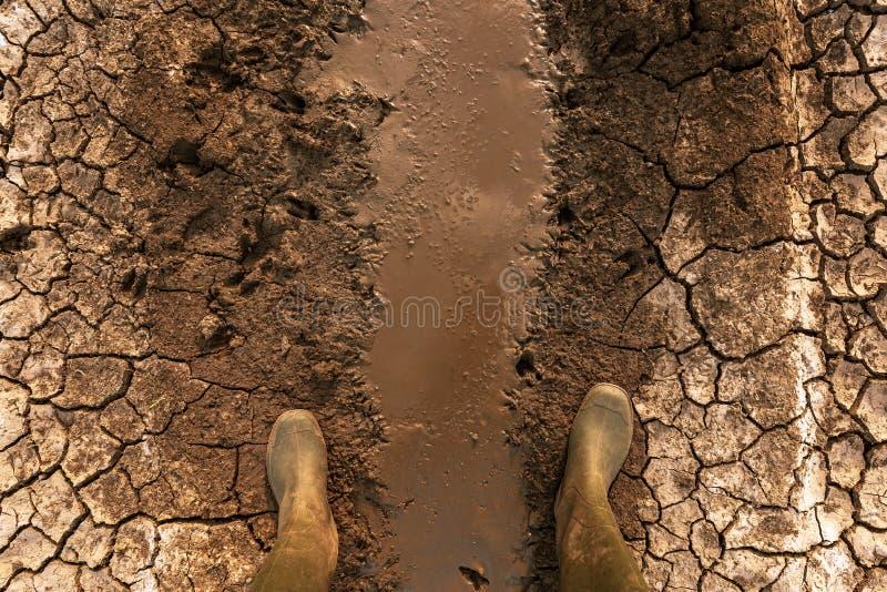 Global uppvärmning- och klimatförändringeffekthot till mänskligheten arkivbild
