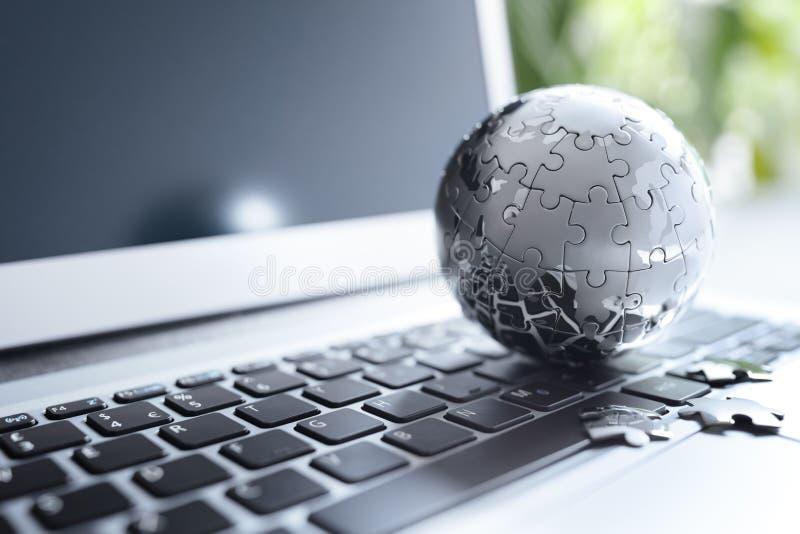 Globale Strategie und Kommunikationen stockbild