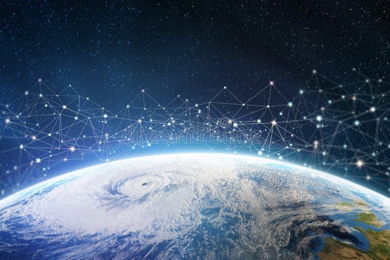 Globalt informationsn?tverk ?ver planeten Jord omges av digitala data royaltyfria foton