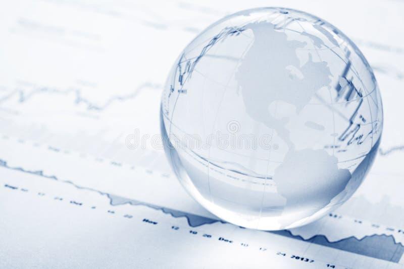 Globalt investeringbegrepp royaltyfri bild