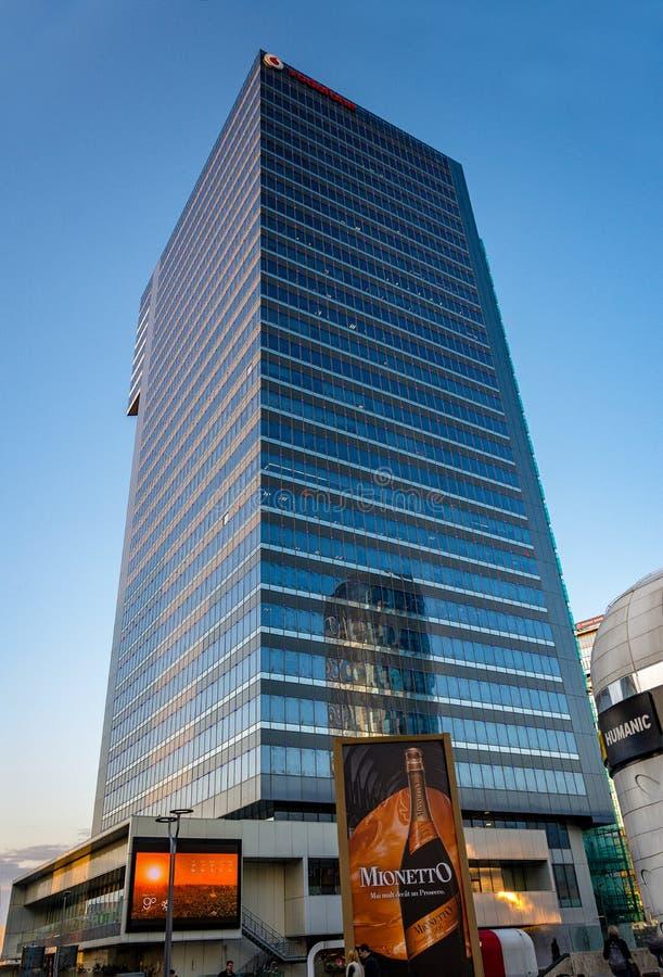 Globalworth-Turm lizenzfreie stockfotos