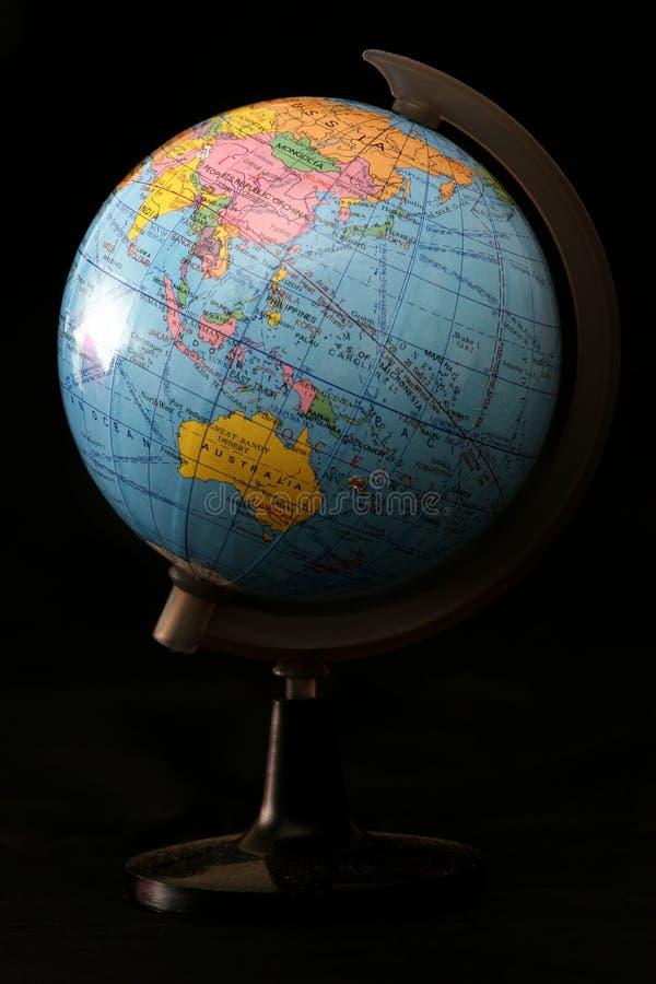 Download Globe photo stock. Image du réseau, support, lumière, extérieur - 739628