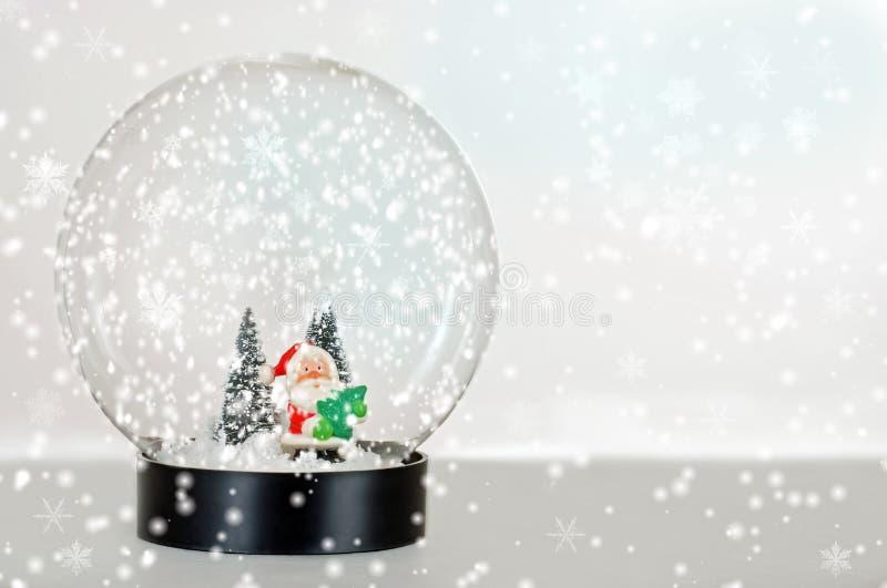 Globe de neige de Santa images libres de droits