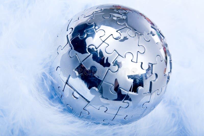 Globe de puzzle sur la clavette photo libre de droits