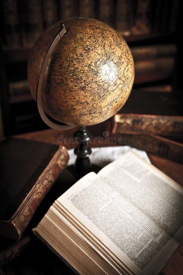 Globe de vieux type image libre de droits