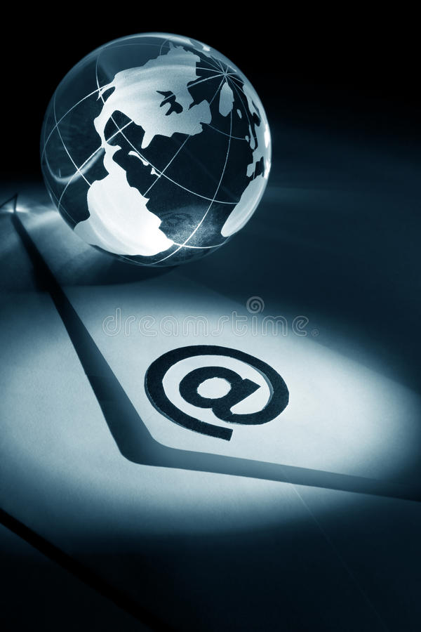 Globe et email images stock