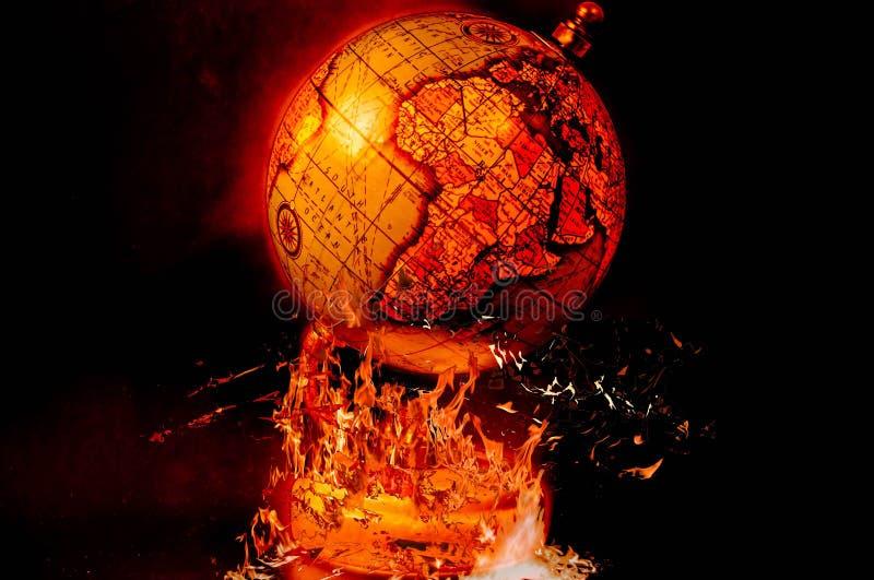Globe sur le feu Art Symbol de l'apocalypse image stock