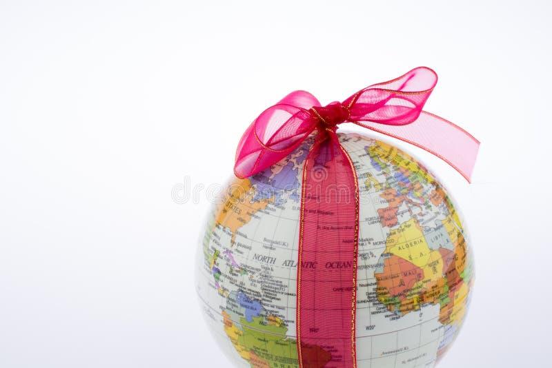 Globo atado con la cinta fotos de archivo libres de regalías