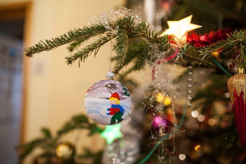 Download Globo azul de la Navidad foto de archivo. Imagen de sensación - 41903584