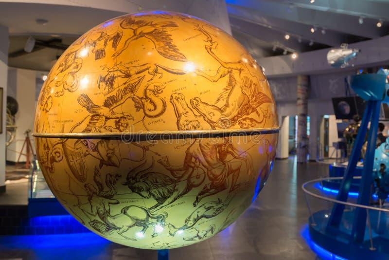 Globo celeste in museo del planetario di Mosca, Russia fotografie stock libere da diritti