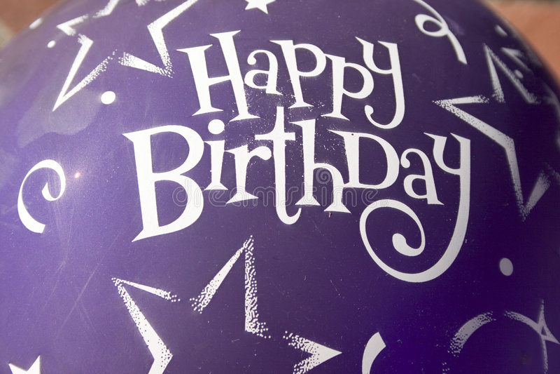 Globo coloreado del cumpleaños foto de archivo libre de regalías