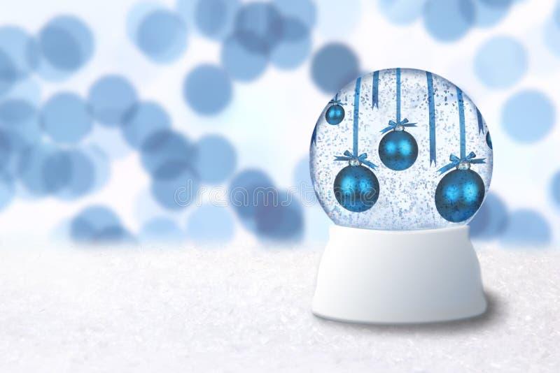 Globo da neve do Natal com os bulbos azuis do feriado imagem de stock
