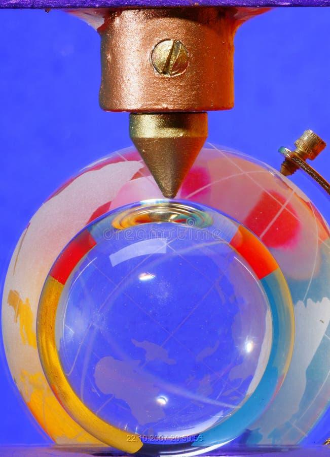 Globo de la bola cristalina y de la tierra   fotos de archivo