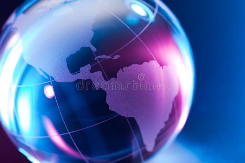 Globo de vidro colorido do mundo fotografia de stock royalty free