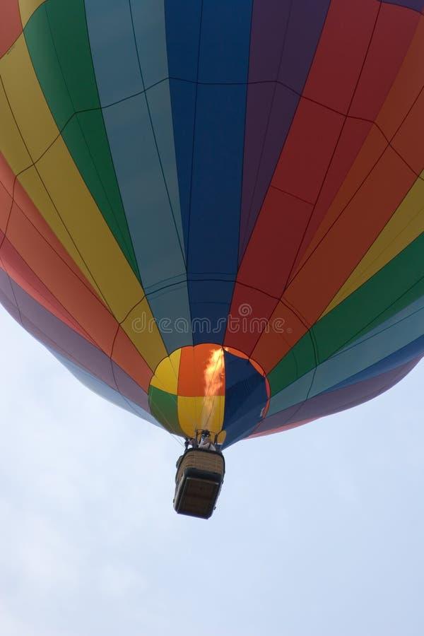 Download Globo del aire caliente foto de archivo. Imagen de cielo - 1285682