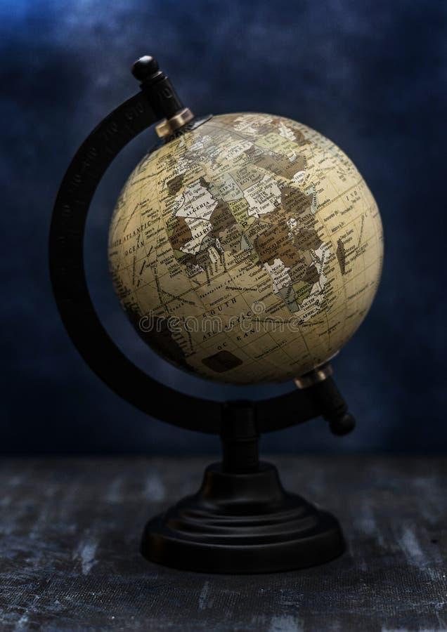 Globo del mundo de la tierra del vintage imagen de archivo