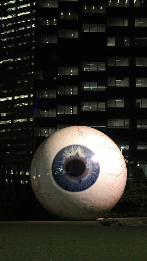 Globo del ojo gigante en Dallas céntrica imagen de archivo libre de regalías