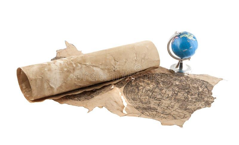 Globo e papel velho isolados no branco foto de stock