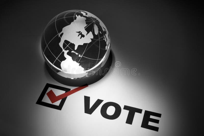 Globo y votación fotos de archivo libres de regalías