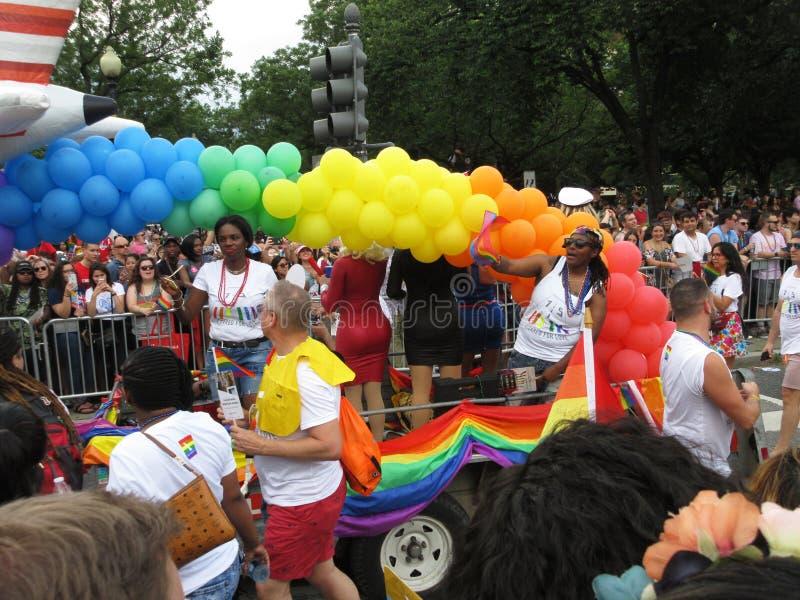 Globos coloridos en Pride Parade capital en Washington DC imagen de archivo libre de regalías