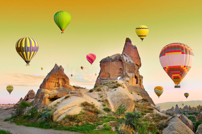 Globos en Cappadocia, Turquía del aire caliente fotografía de archivo