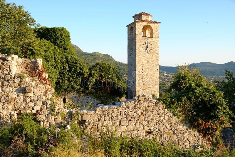 Glockenturm in Stari-Stange, Montenegro lizenzfreie stockbilder