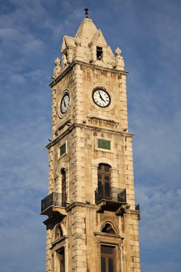 Glockenturm in Tripoli stockbilder