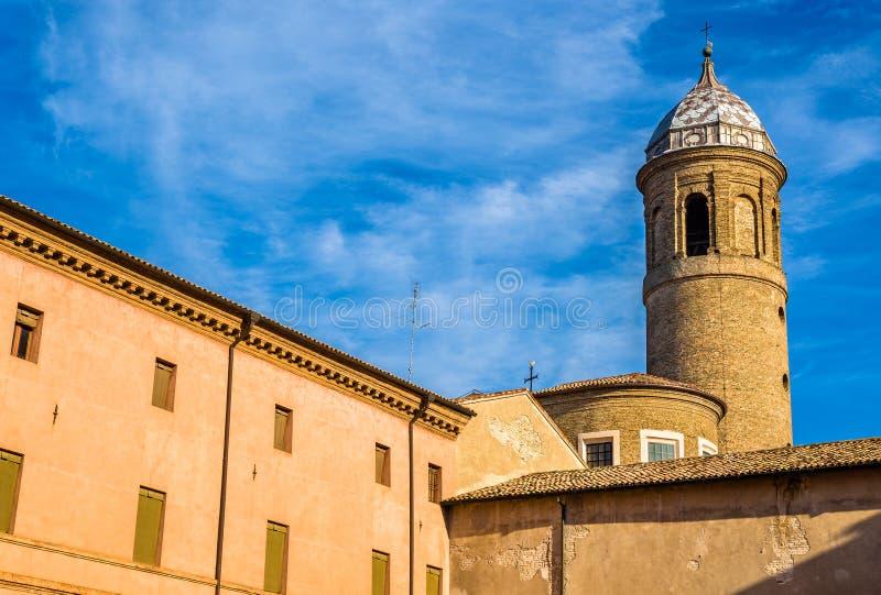 Glockenturm von San Vitale Basilica - Ravenna stockbild