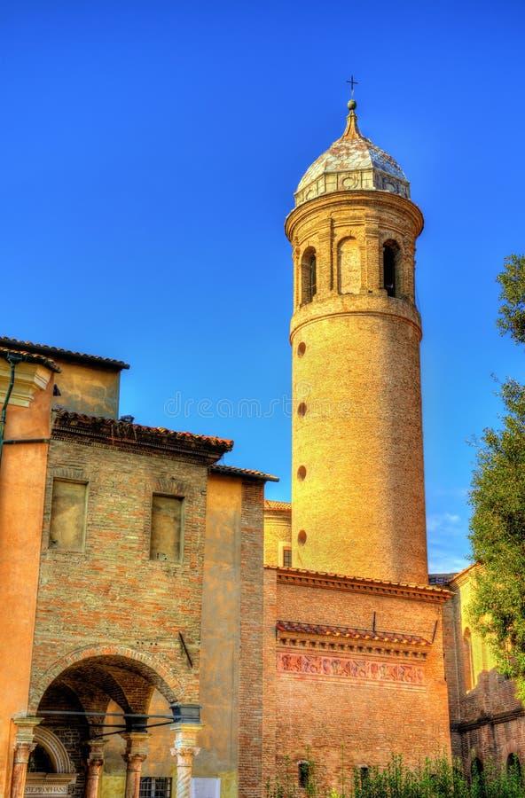 Glockenturm von San Vitale Basilica - Ravenna lizenzfreie stockfotos