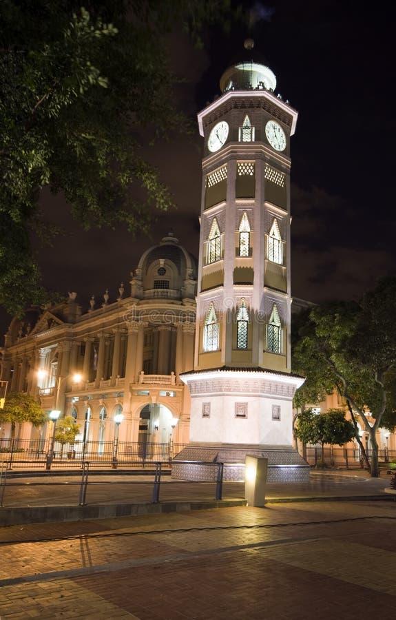 Glockenturmnacht Guayaquil Ecuador lizenzfreie stockbilder