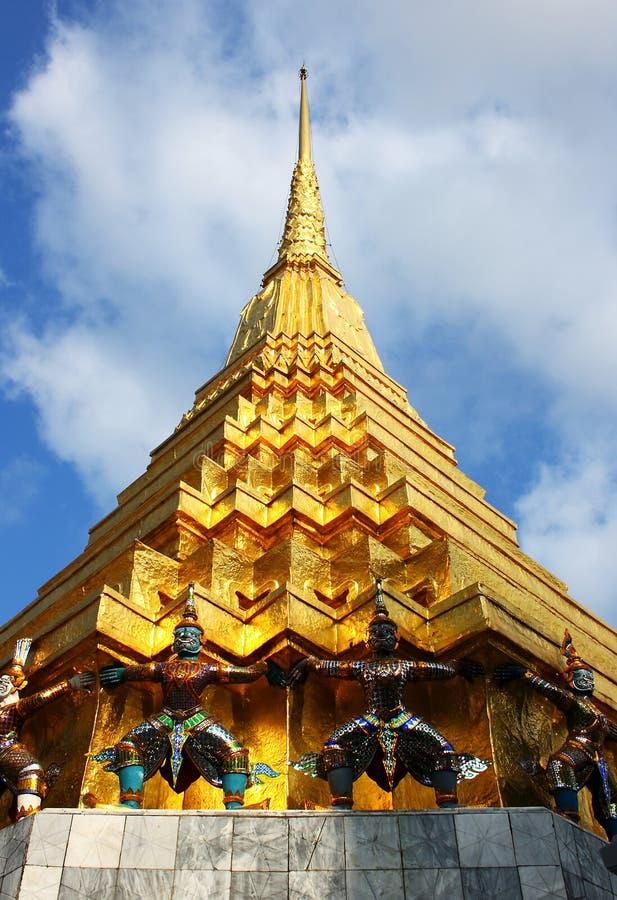 gloden le stupa Thaïlande photos libres de droits