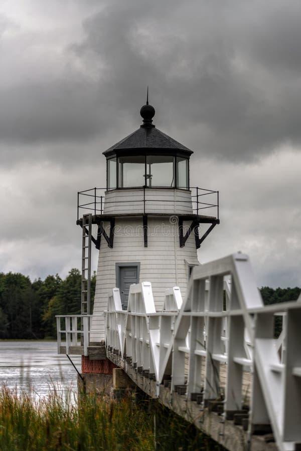 Gloomy Sky Over Doubling Point Lighthouse stockfotografie