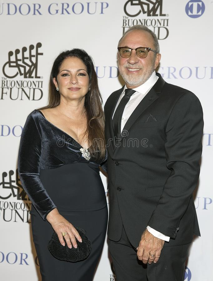 Gloria Estafan och Emilio Estefan royaltyfri bild