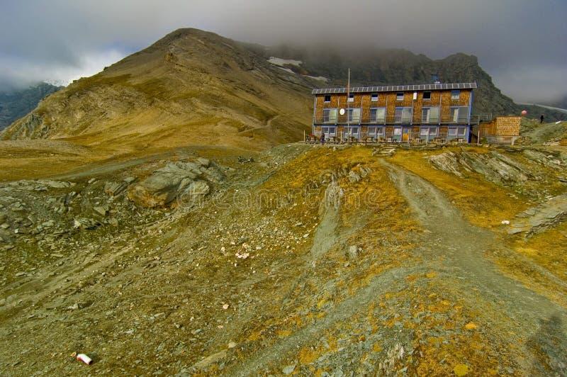 glossglockner καταφύγιο βουνών στοκ φωτογραφία
