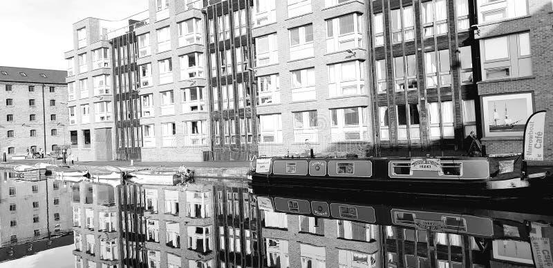 Gloucester Docks an den Quays lizenzfreie stockbilder