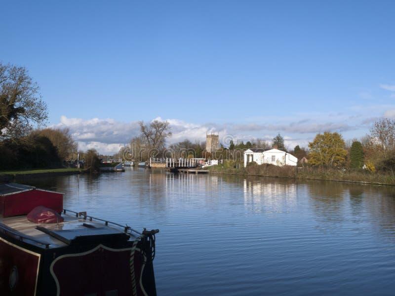 Gloucester y canal de la agudeza cerca Frampton-en-Severn, Gloucestershire, Reino Unido imagen de archivo libre de regalías